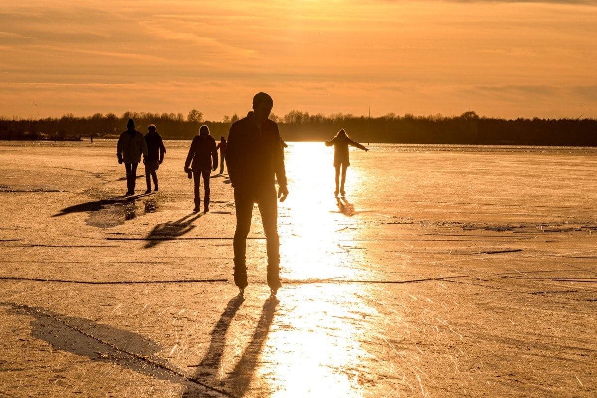 strand nulde zonsondergang ijs