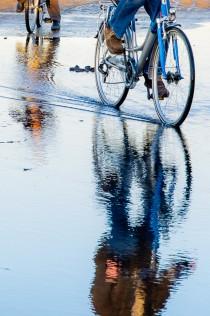 fiets door het water