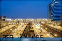 Arnhem-centraal-station-schemering
